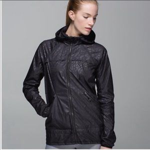 Lululemon Miss Misty Lightweight Rain Jacket
